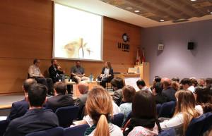 Taula-Debat---Casal-de-Sant-Josep_Fundació-Santa-Eulàlia_Creu-Roja